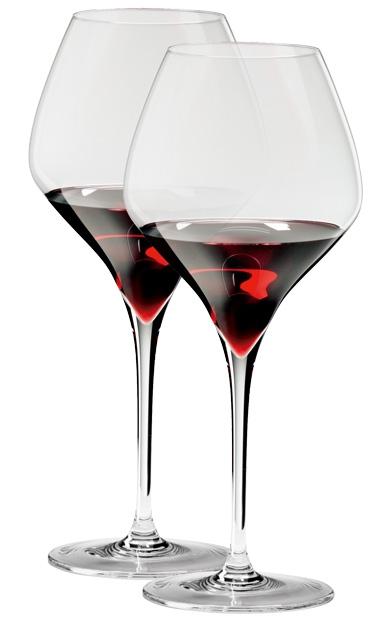 商品介绍 现代感设计完美流行的奢华桌饰,特定葡萄品种功能性酒杯系列,可以安全使用洗碗机清洗,2007年上市的VITIS系列是特定葡萄品种功能性酒杯系列,其荣获建築设计奖项更象徵 RIEDEL将酒的讯息完美地传达到人体感官的另一高峰。每一种葡萄品种都有其独特的基因DNA,如同於酒的指纹。RIEDEL酒杯的杯身从形状、尺寸或杯缘大小都依据每种葡萄品种的特性设计。最现代化的新机器吹製设备,结合完美无痕的pulled stem杯梗拉製技术,杯身与杯梗一体成型的流线独特建築结构設計,在杯身底部的倒叁角型凹槽得以增加